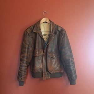 Amazing Vtg leather bomber aviator jacket size 42